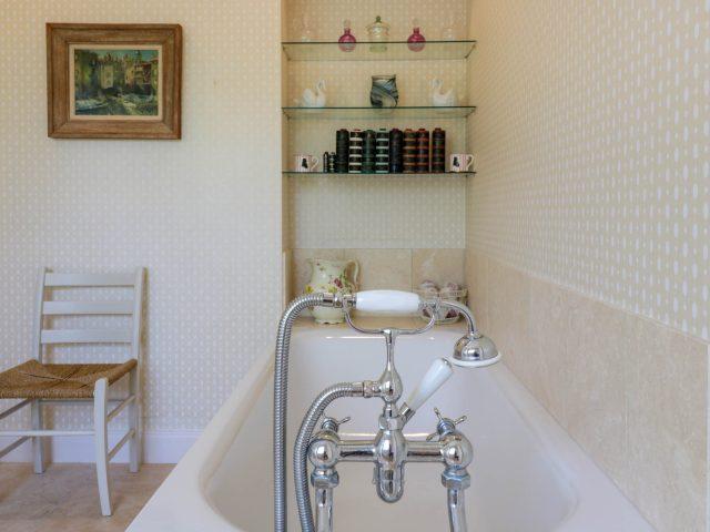 Tanderlane Bathroom